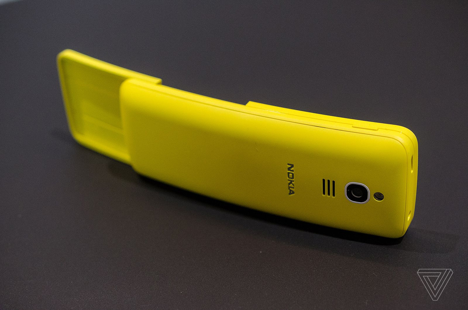 Назад вбудущее: нокиа воскресила телефон из«Матрицы»