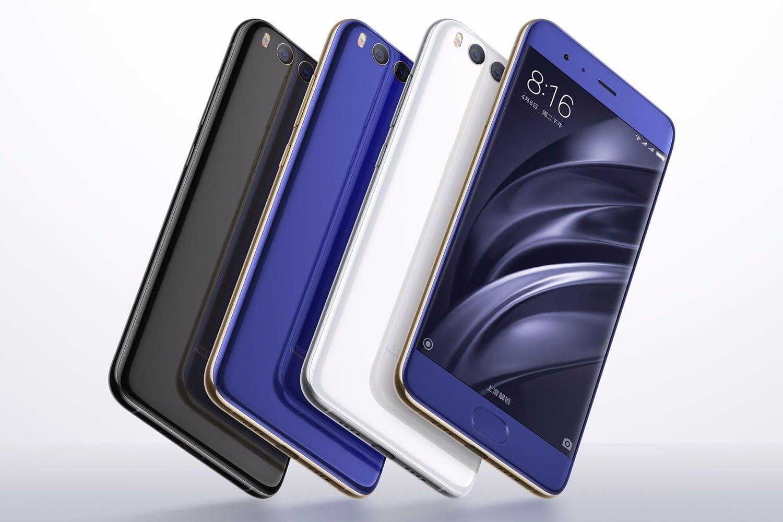 В России смартфон Xiaomi Mi 6 подешевел до 22 400 рублей