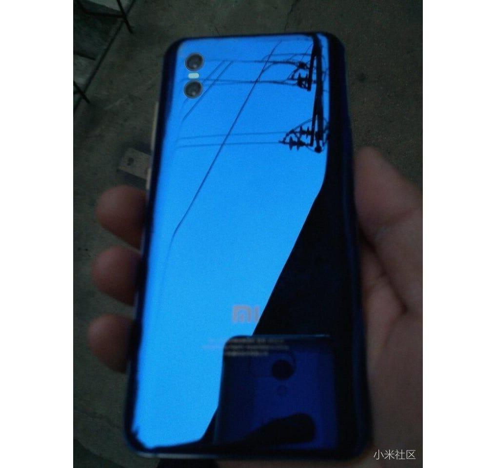 Появилось первое фото флагманского смартфона Xiaomi Mi 7