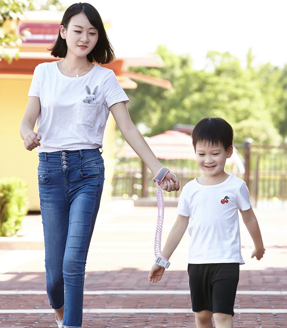 Компания Xiaomi выпустила поводок для детей за 8 долларов