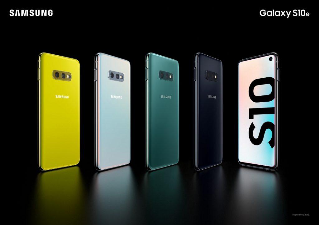 Компания Samsung представила флагманский смартфон Galaxy S10