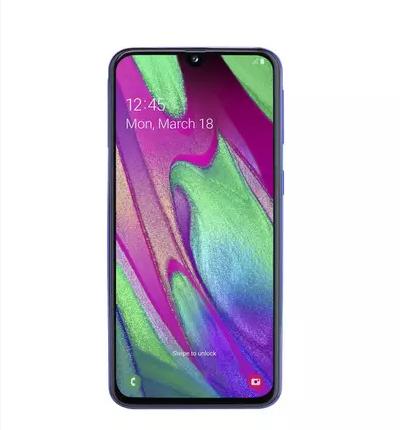 Названы цены на смартфоны Samsung Galaxy A70 и Galaxy A40 для РФ