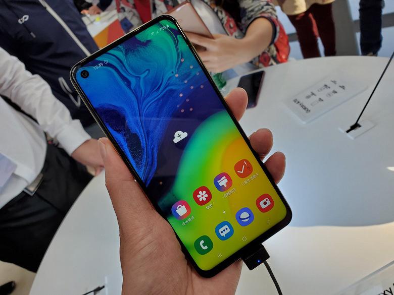 В Индии представлен недорогой смартфон Samsung Galaxy A60