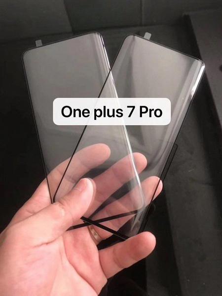 Инсайдер показал защитное стекло для смартфонов OnePlus 7 Pro и OnePlus 7