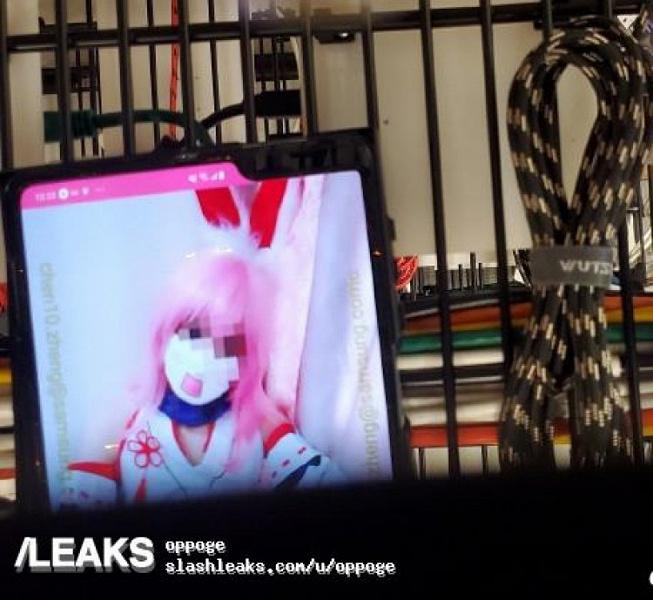 Гибкий Samsung Galaxy Fold в рабочем состоянии показали на видео