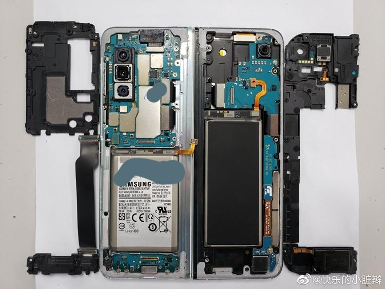 Samsung Galaxy Fold в разобранном состоянии показали на фото