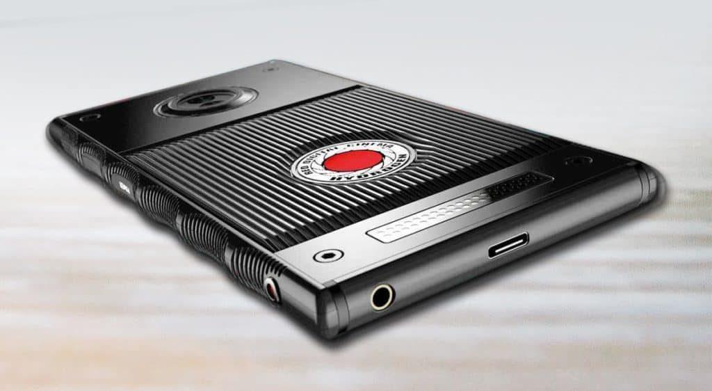 Титановый Red Hydrogen One с голографическим дисплеем оценен в $1595