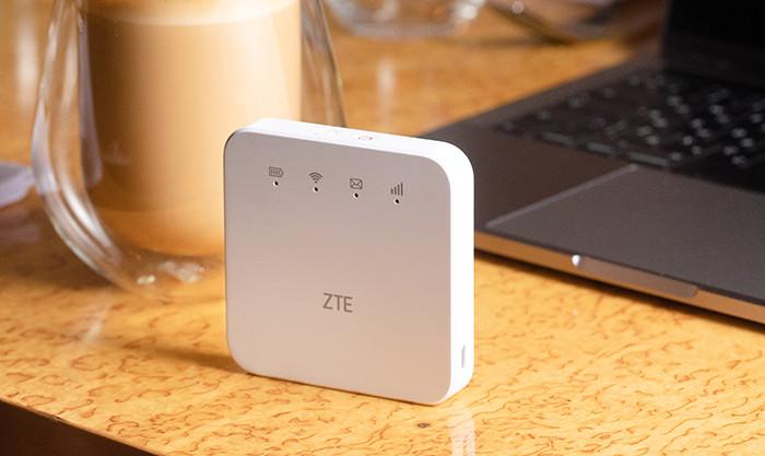 В России стартуют продажи мобильного LTE-роутера ZTE MF927U