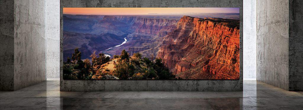 Samsung представила телевизор с диагональю 7,4 метра