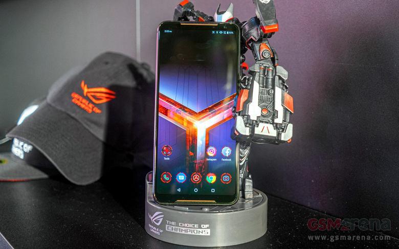 ASUS представил новый смартфон ASUS ROG Phone 2 для геймеров