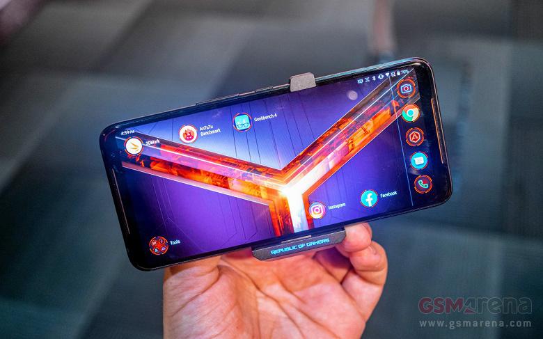 Дороже игрового ноутбука: Ценник на игровой смартфон Asus Rog Phone II составит $1500