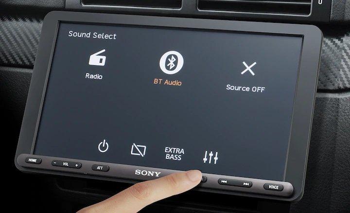 Sony выпустила магнитолу с 9-дюймовым дисплеем для старых машин