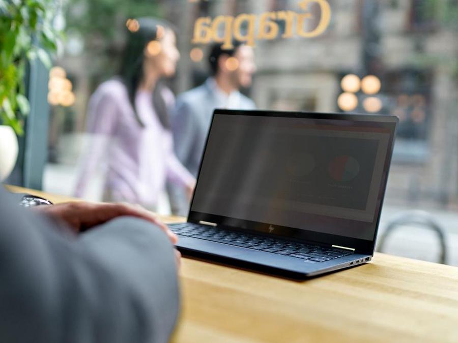 HP представил новый премиальный ноутбук HP Elite Dragonfly