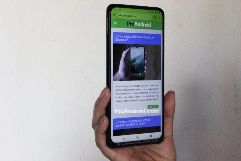 Раскрыты спецификации нового Motorola One с выдвижной камерой