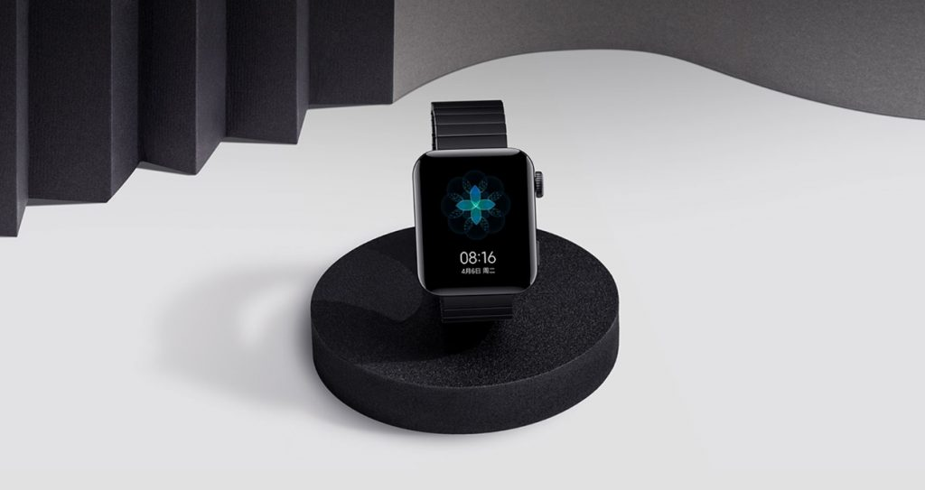 Xiaomi объяснила почему в Mi Watch установлен прямоугольный экран