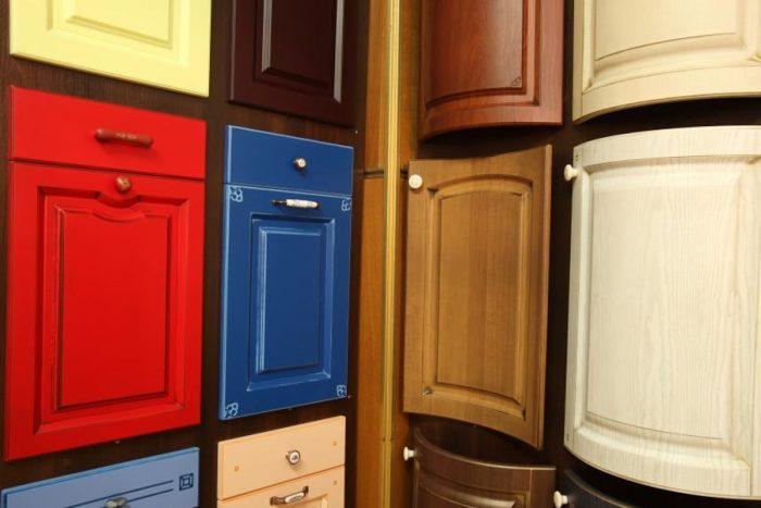 Как подобрать мебельный фасад для кухни?