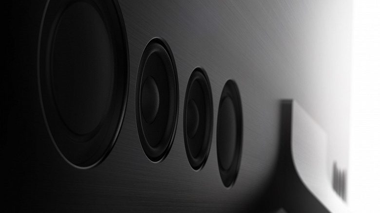 Samsung представила безрамочный телевизор Samsung Q950T