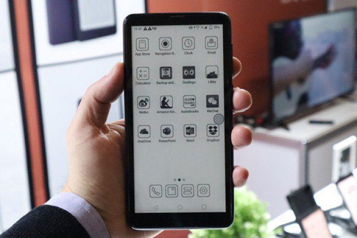 Компания Onyx показала смартфон с быстрым E-Ink экраном