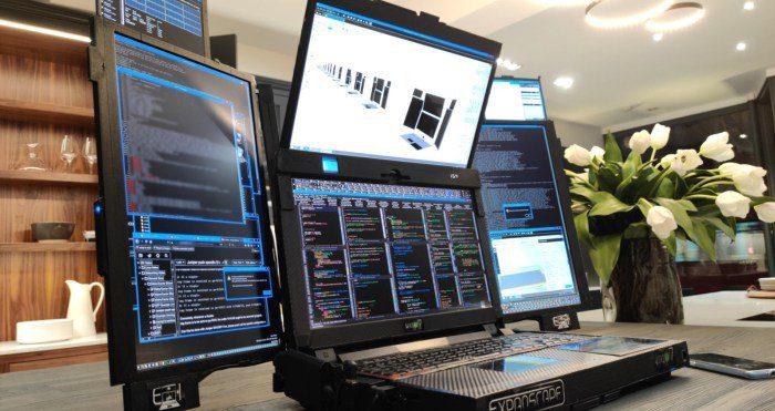 Представлен первый в мире ноутбук с семью экранами Aurora 7