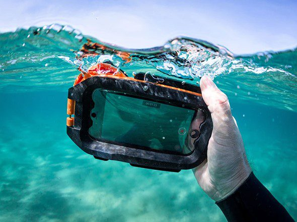 Aquatech представила бокс для подводной съемки с iPhone