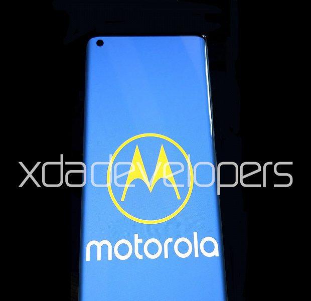 Motorola готовит новый топовый смартфон на Snapdragon 865