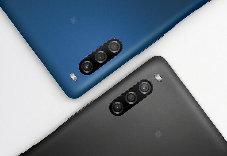 Sony представила смартфон Xperia L4 с тройной камерой
