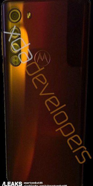 Дизайн Motorola Edge раскрыли на фото до премьеры