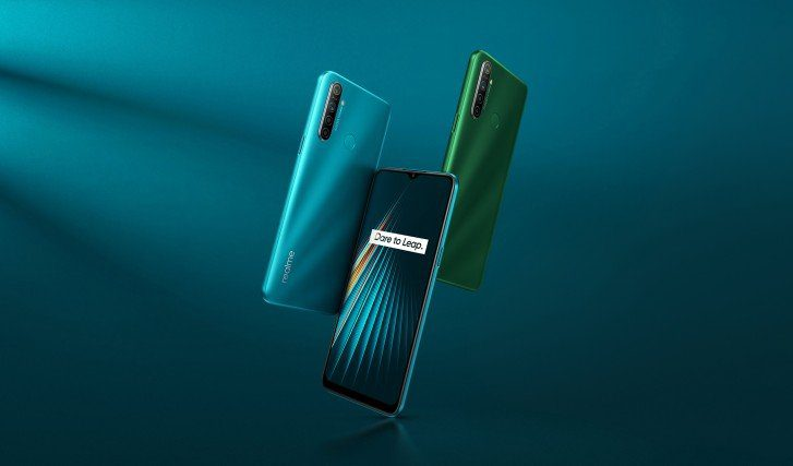 Realme в Европе представила три смартфона