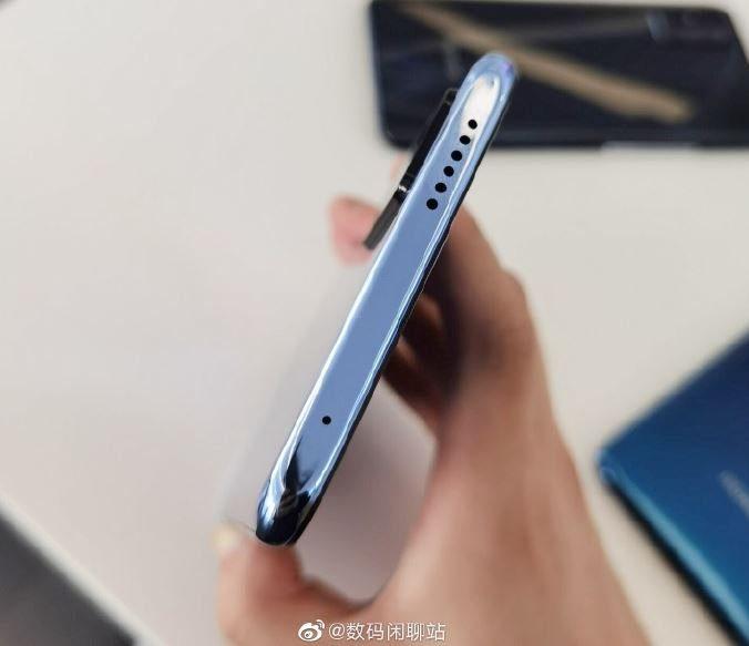 Планшетофон Honor X10 Max появился на живых фото