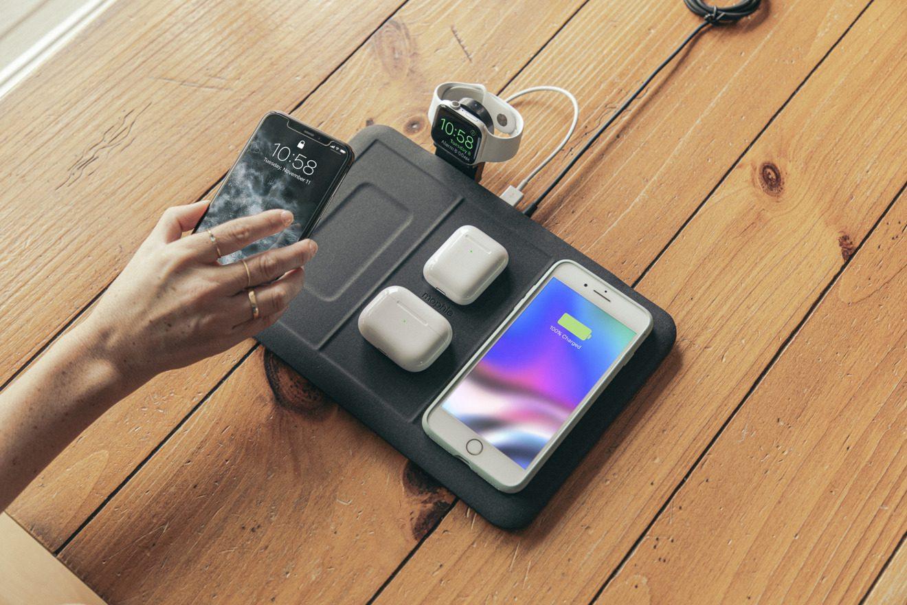 Коврик для беспроводной зарядки Mophie заряжает сразу четыре устройства