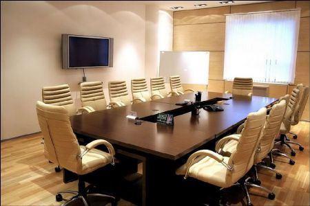 Как сделать переговорную комнату отличным местом для деловых встреч?