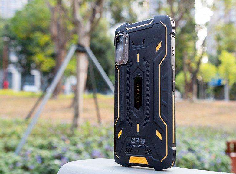 «Неубиваемый» смартфон Kingkong 5 Pro с NFC появился в продаже