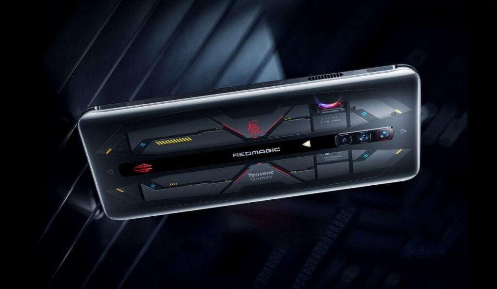 Nubia представила первый в мире смартфон с 18 ГБ оперативной памяти