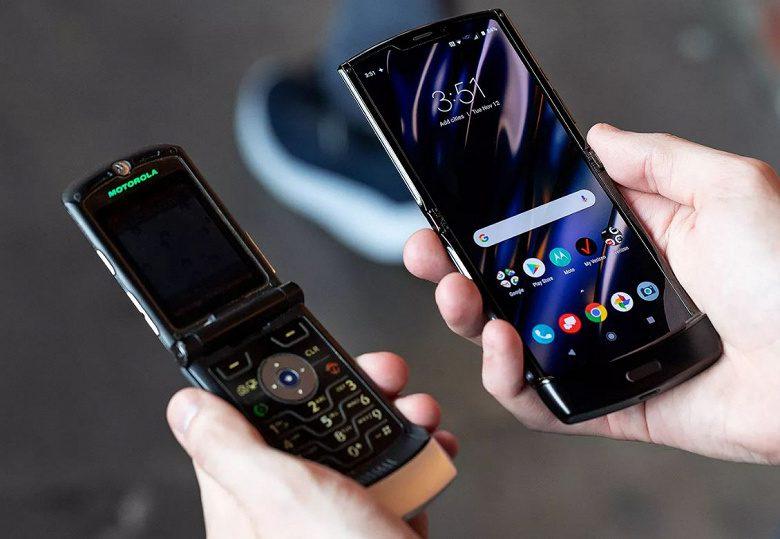 В продаже в РФ появился раскладной смартфон Motorola Razr 5G за 120 тыс. рублей