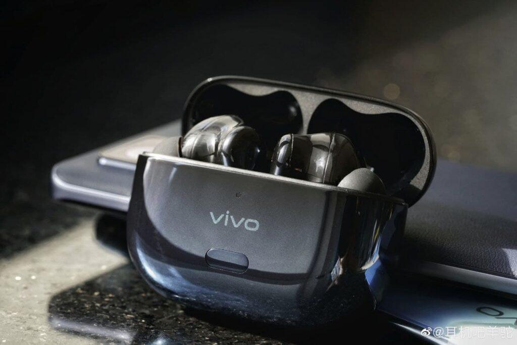 Vivo представит 20 мая новые полностью беспроводные наушники за 125 долларов
