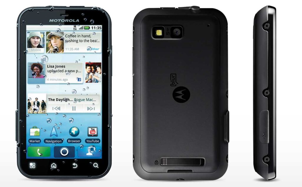 Компания Motorola может возродить первый защищённый смартфон Defy
