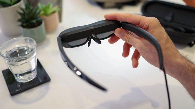 TCL анонсировала в виде очков носимый внешний экран для смартфона