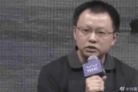 Huawei снимает головку автономного вождения из-за оскорбительных замечаний о Tesla