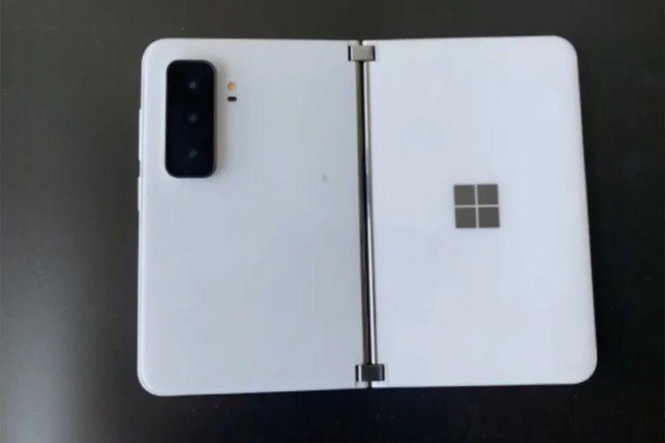 Смартфон-книжку Microsoft Surface Duo 2 с новой камерой показали на фото