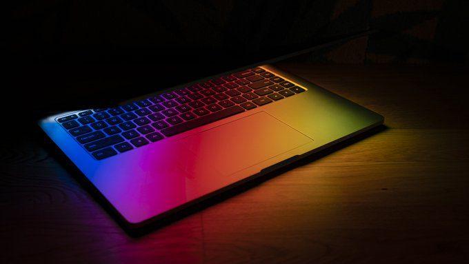 Ноутбук Mi с подсветкой клавиатуры появился перед мероприятием Smarter Living 2022