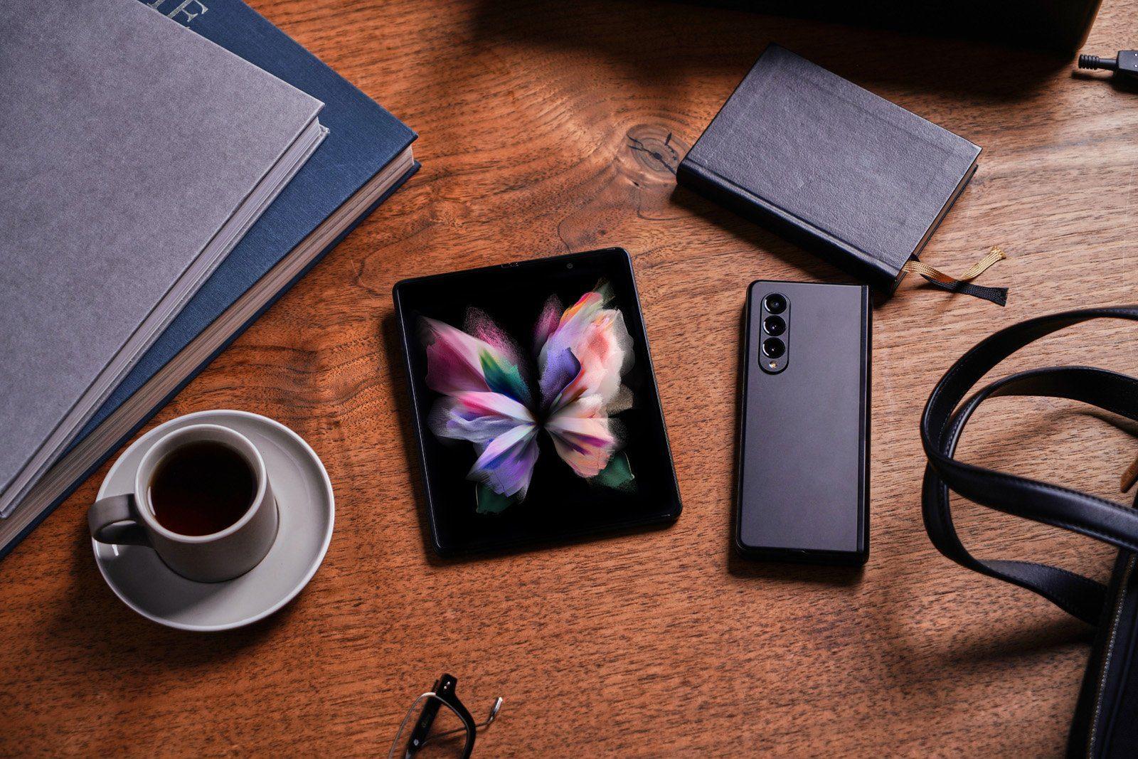 Samsung хочет сделать складные телефоны мейнстримом на рынке высокого класса