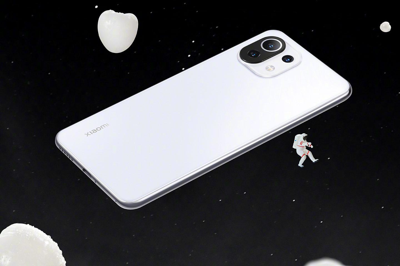 Xiaomi Mi 11 Lite 4G был снят с производства в Индии