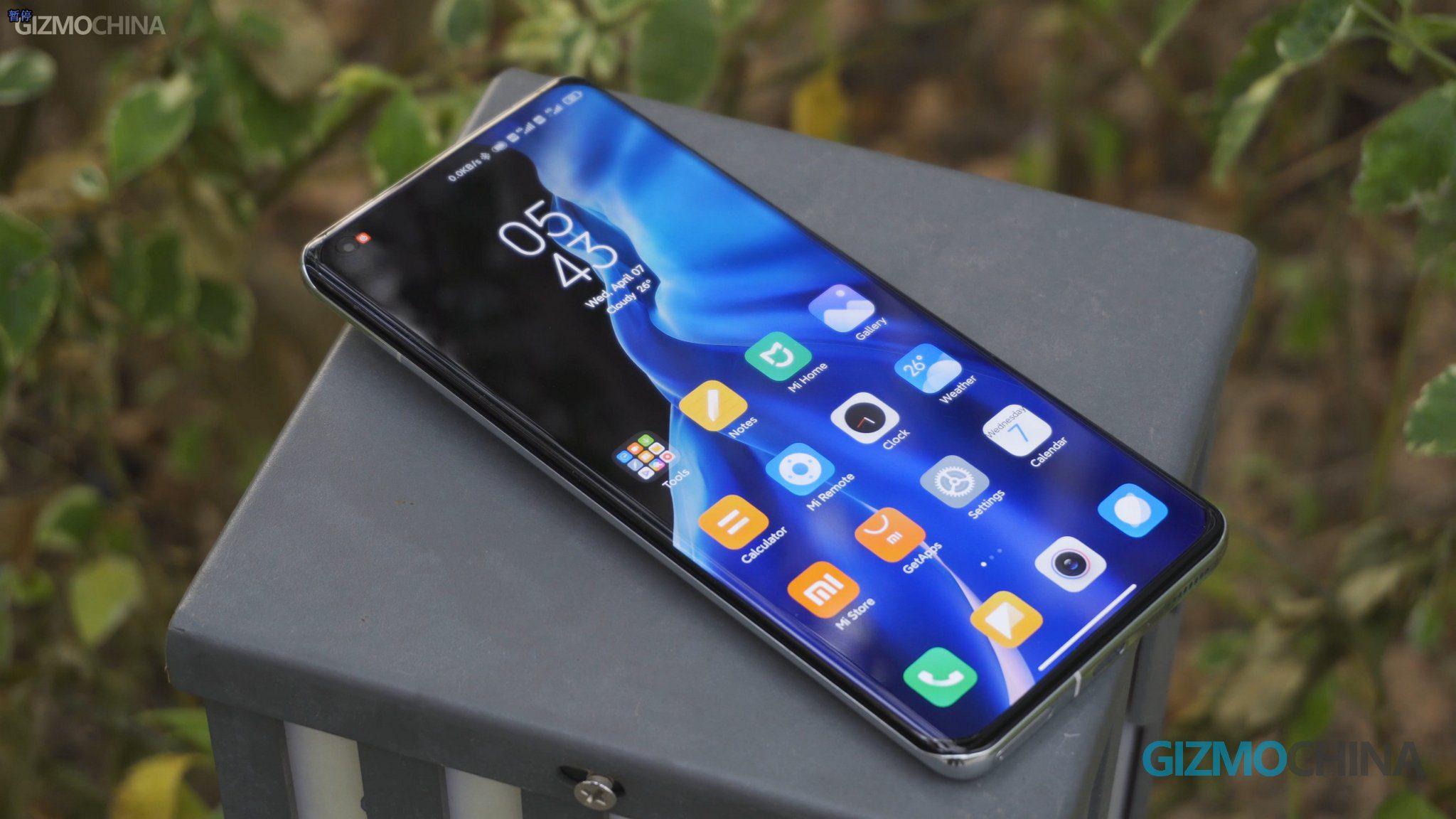 Xiaomi тестирует дисплей Samsung E5 LTPO Super AMOLED для своих смартфонов