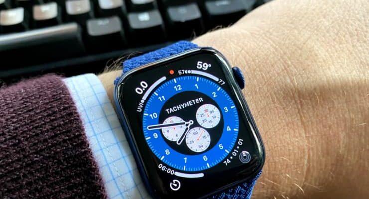 Производство новых Apple Watch задерживается из-за сложной конструкции
