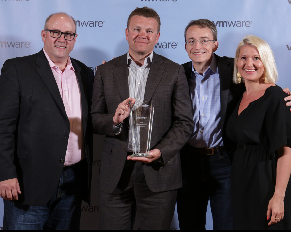 MERLION удостоен глобальной награды VMware